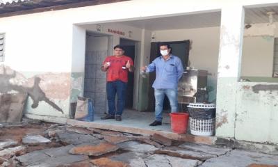 Prefeitura Municipal de Ponte Branca , promove obras de manutenção e reforma na Escola Padre Humberto Angelone